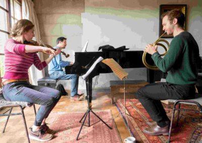 TOM POSTER (piano); ALEC FRANK-GEMMILL (horn); MATHILDE MILWIDSKY (violin)